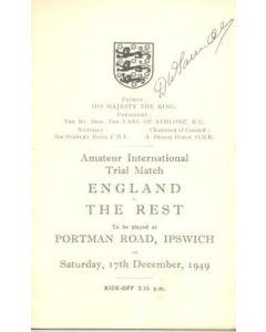 1949 England v The Rest official programme 17/12/1949, signed by Derek Saunders, Chelsea captain